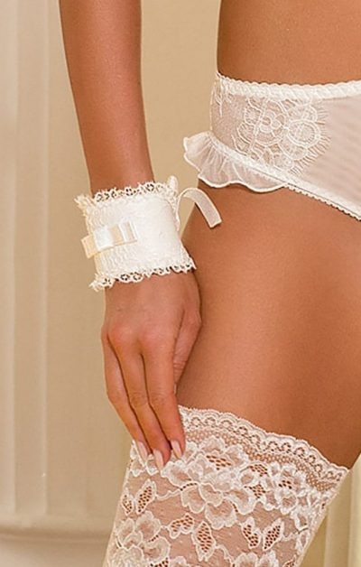 Congratulations Wristlets white - Front - Axami - Lingerie By Valerie